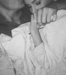 babe, black and white and chill