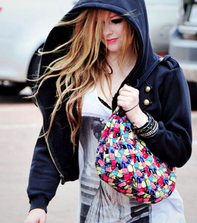 avril, avril lavigne and clothes