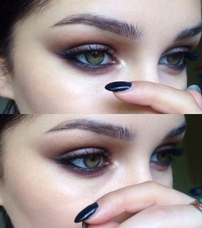 chic, eyebrows and eyeshadow