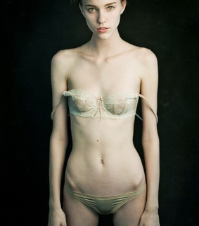 anorexic, beautiful and body