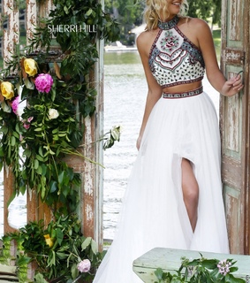 beaded, crop top and ivory