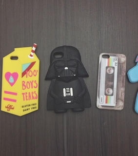 case, dark vader and iphone
