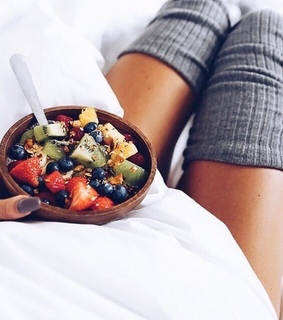 breakfast, colours and fit