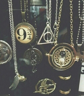 9 3/4, deathly hallows and harry potter