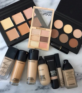 chanel, contouring and eye shadow