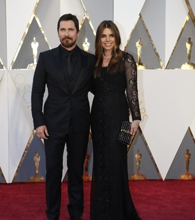 christian bale and oscars red carpet