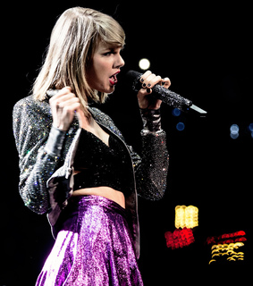 1989 tour, taylor swift and fashion