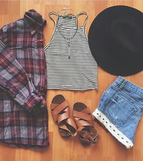 crop top, short and accessories