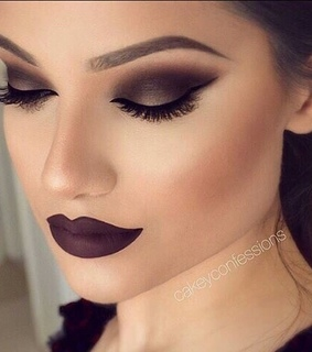 contour, maroon and 50 shades of grey