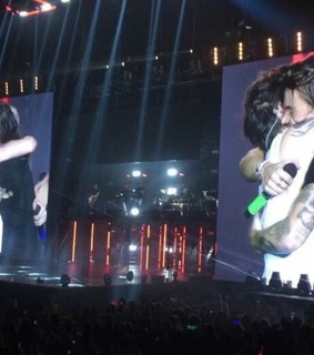 harry and louis, screen and styles