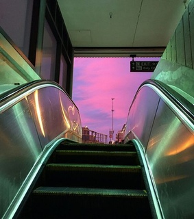 escalator, indie and lights