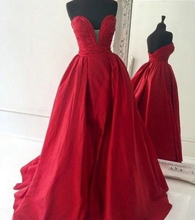 backless dress, ball dress and dress