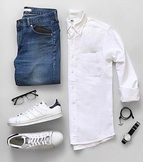braclet, jeans and shirt