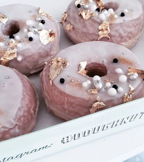 <3, delicious and donut