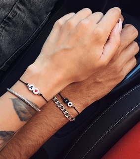 goals, hands and holding