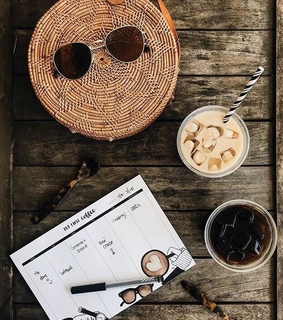 iced latte, calender and style