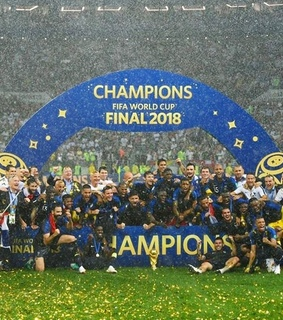campeones, fiers dtre bleus and soccer