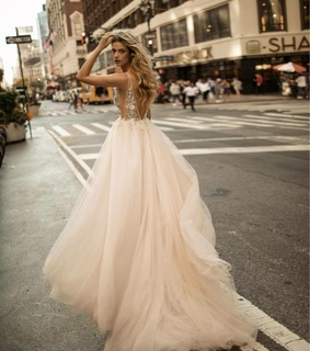 pritty, beauty and dress
