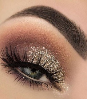 nude, eye lashes and glitter