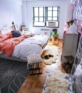 dorm, beds and indie