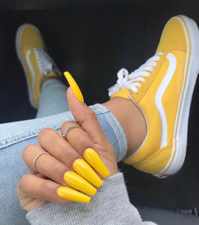 pretty nails, large and ring