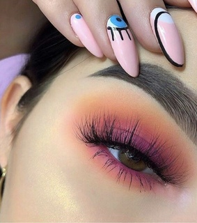 makeup, nails and blending