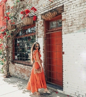 orange red, look theme dream and city streets