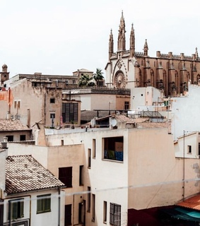 majorca, palma cathedral and instagram