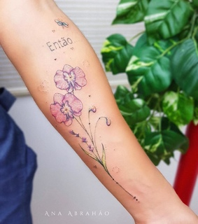 body art, tattooed and floral