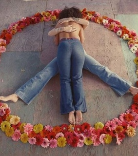 flowers, hippies and peace