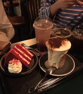 cakes, cafe and magic hours