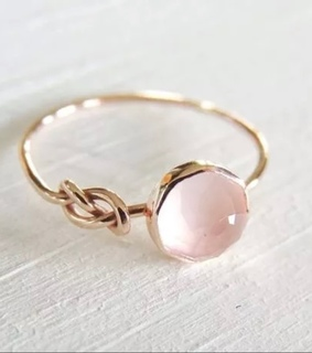 ring, twist and dainty