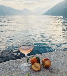 drinks, fruit and montenegro