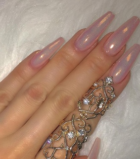 acrylics, glitter nails and aphoedite