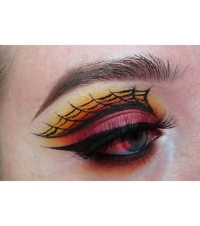 eyeliner, halloween and makeup