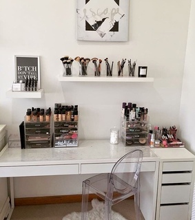 organiztion, vanity decor and beauty room