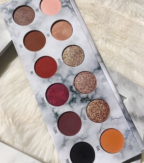 colour, eyeshadow and makeup palette