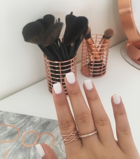 spring, sns and nails