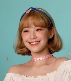 fromis lq, jiheon lq and fromis 9