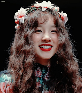 g idle icons, yuqi icons and kpop