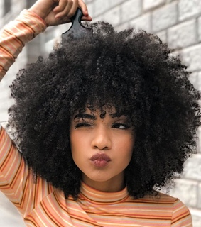 curly texture, afro curls and curly girl