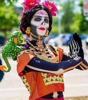 frida, dia de muertos and catrina