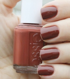 nail, essie and fall