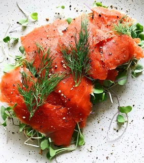 chives, pink and lox