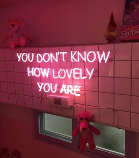 neon, neon pink and neon signal
