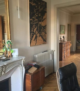 room, appartement and mirror