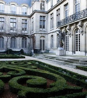 maze, courtyard and house