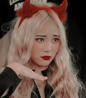 loona icon, jinsoul icon and jinsoul