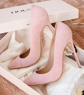 pink shoes, fashion accessories and pretty things