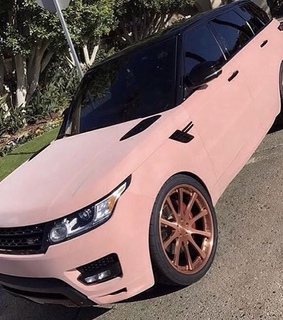 rangerover and rose gold